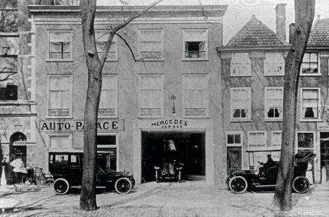 První kancelář Auto Palace v Haagu.