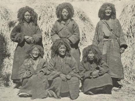 1280px-Tibetan_'Lamanis'