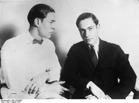 Richard Loeb (vlevo) a Nathan Leopold (vpravo).