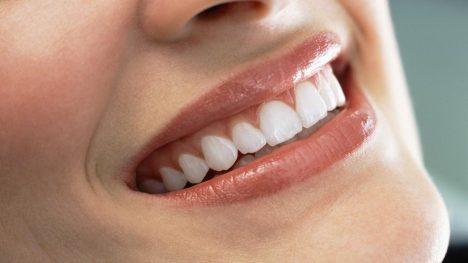 Zub je jediná část lidského těla, která se sama neopraví.