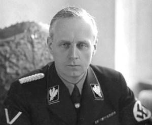 V Hitlerově nemilosti: Ribbentrop místo diplomacie tapetoval