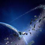 Srážky na vesmírném smetišti: Proč je důležité uklízet odpad na oběžné dráze?