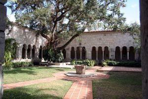 Španělský středověk v Americe? Když přijedou stěhováci, možné je všechno