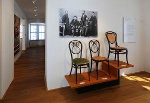 Nepostradatelné židle: Od elegantní thonetky k experimentům 20. století