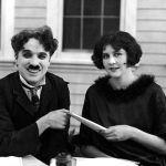 Oskarový zvrhlík boří bariéry: Charlie Chaplin bez příkras