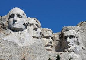 Ukrývá se v sousoší amerických prezidentů tajná komora?
