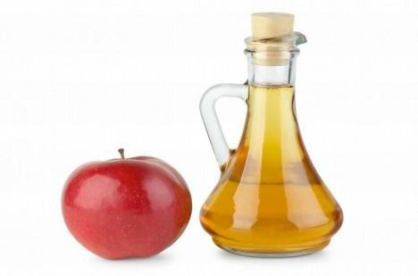 Jablečný ocet by mohl získat přezdívku malý fashion zázrak.
