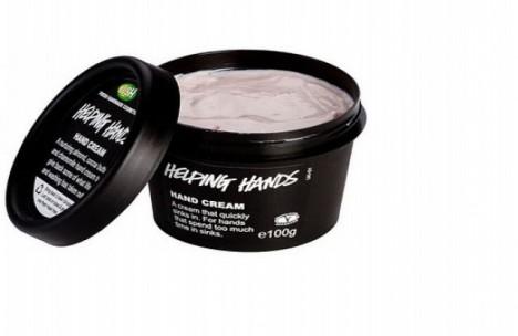 V nabídce přírodní kosmetiky Lush najdete bylinkový krém na ruce, který je hydratuje a vyživí.