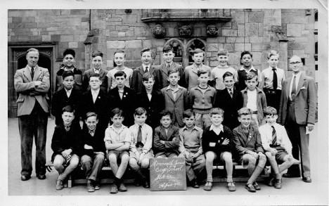 Sam svého dědu poznal i na fotografii mezi mnoha chlapci, ačkoli ho nikdy předtím neviděl.