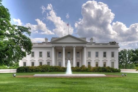 Sídlí v Bílém domě i mimozemšťané?