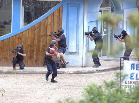 8. března 2005 v Národní bance Monteverde. Začalo to jako útok, pokračovalo jako únos a skončilo jako porážka.