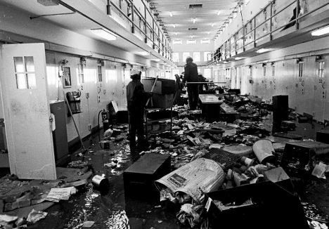 Americká státní věznice v Novém Mexiku je mužské nápravné zařízení s maximální ostrahou, které se nachází nedaleko města Santa Fe.