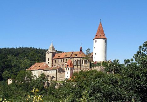 800px-Krivoklat_castle_01
