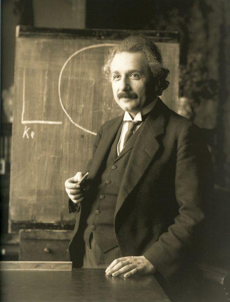 Autor teorie relativity Albert Einstein se stává terčem kritiky rodáka z Čech.