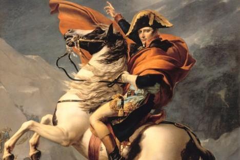 Císař Napoleon má v plánu španělský skvost zničit. To se mu naštěstí nepovede.