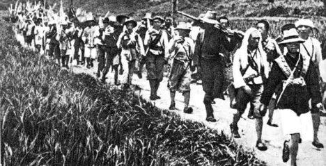 Cestu známou jako Dlouhý pochod přežije jen zlomek komunistické armády.