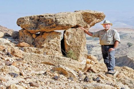Archeolog Steve Collins v místě vykopávek.