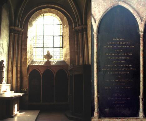 Descartova hrobka v pařížslkém kostele Saint-Germain des Prés.