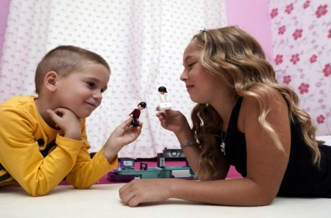 Igráček je hračka ve formě malé plastové figurky nejčastěji lidské postavy, která představuje nejrůznorodější lidské činnosti.