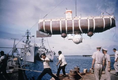 Batyskaf Trieste byl v roce 1960 prvním podmořským plavidlem, které se s dvoučlennou posádkou ponořilo na dno Mariánského příkopu.