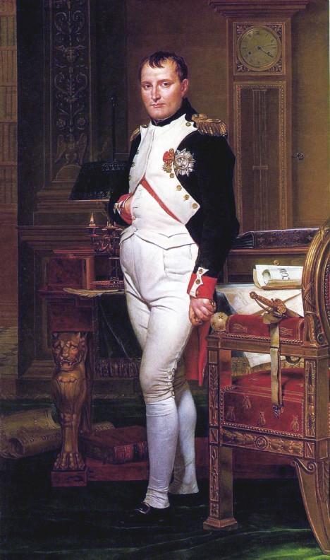 Francouzský císař Napoleon I. Bonaparte se kvůli chystané svatbě učí tančit valčík a také se snaží zhubnout.
