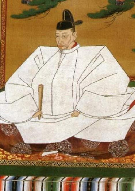 Japonský panovník podlehne pomluvám a podezírá svého přítele, že usiluje o jeho život.
