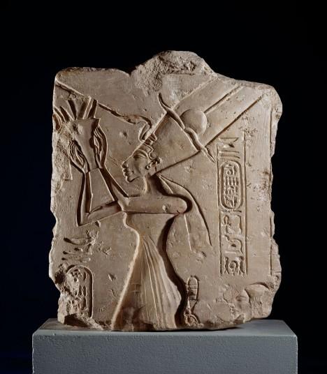 Nefertiti-_-Ashmolean-Museum-University-of-Oxford Queen Nefertiti, Limestone relief. Nefertiti makes offerings to the Aten. Hieroglphs: