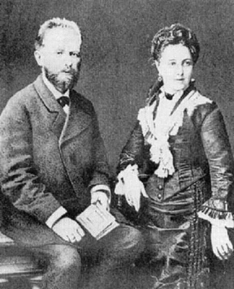 Petr Iljič Čajkovskij se svou ženou Antoninou Miljukovovou, kterou nakonec opustí.