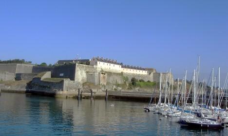 Pevnost Citadelle de Belle-Île-en-Mer, v ní skončí korupčník ve vězení.