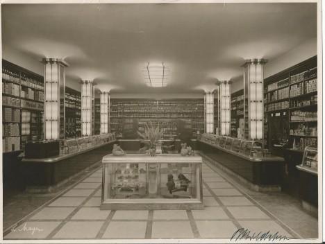 Pražské lahůdkářství Lippert. Jeho zaměstnanci zachránili hradní kuchaře, když jim poslali šunku pro Hitlera.
