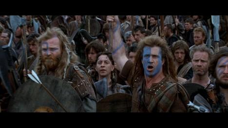 Rozčarování budí také filmové zobrazení bitvy o Stirlinský most. Ta se totiž ve filmu vůbec neodehrává na mostě! Podle režiséra by to bylo technicky moc náročné