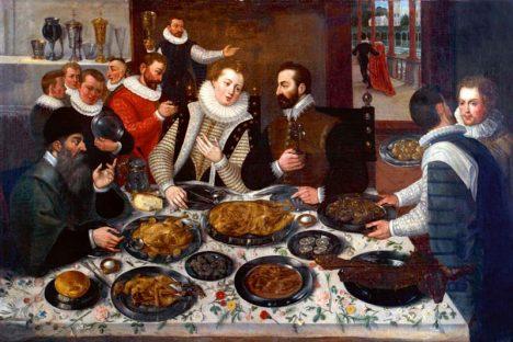 Stoly se prohýbají jídlem. Na hostině u Petra Voka lahůdky nikdy nechybí.
