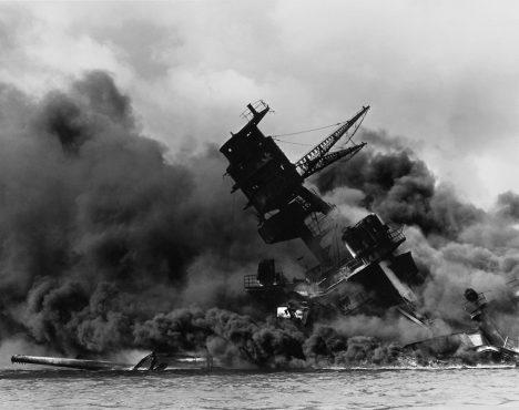 Za útok na Pearl Harbor se mu Američané pomstí.