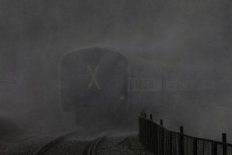 mizející vlak