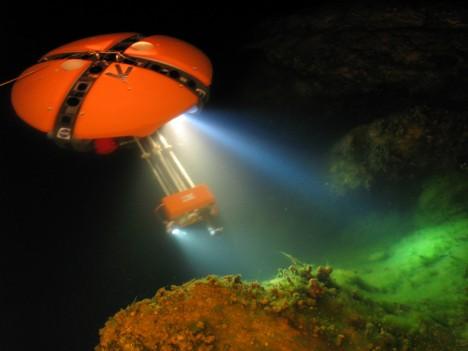 robot zvaný DephtX (Deep Phreatic Thermal Explorer) se může stát průzkumníkem dosud neznámých moří