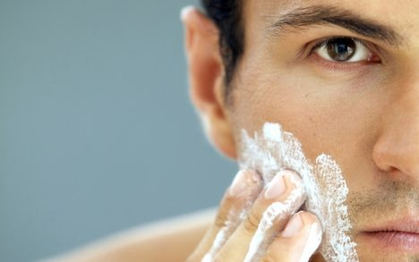 shaving_101_for_men_with_sensitive_skin