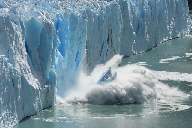 Polární ledovce zatím stojí na svém místě.