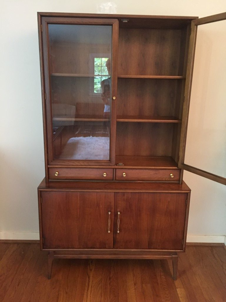 Vintage Mid Century Petite China Cabinet By Keller Epoch