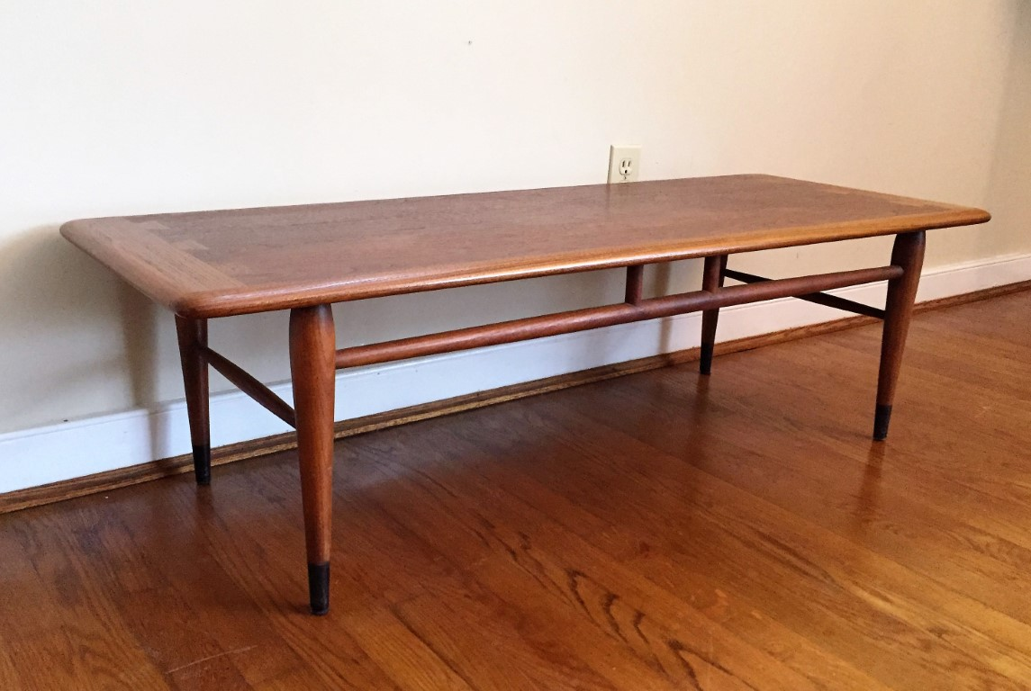Mid Century Modern Lane Acclaim Walnut Coffee Table With