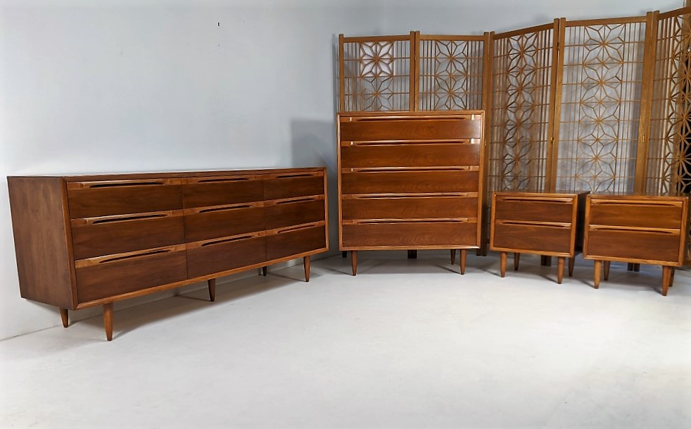 Four Piece Walnut Mid Century Modern Bedroom Set By Huntley Epoch,Best Shutter Colors For Brick House