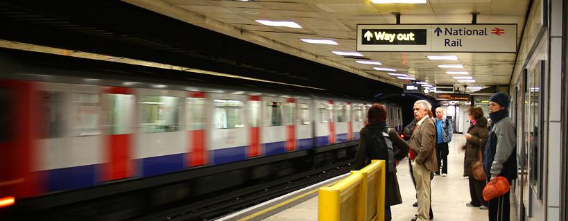 Muoversi a Londra: tube, bus e DLR