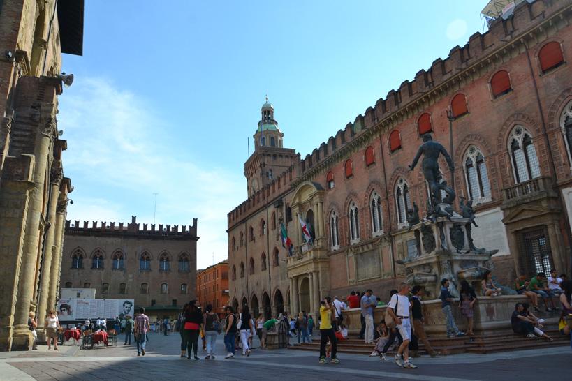 bologna-piazzamaggiore
