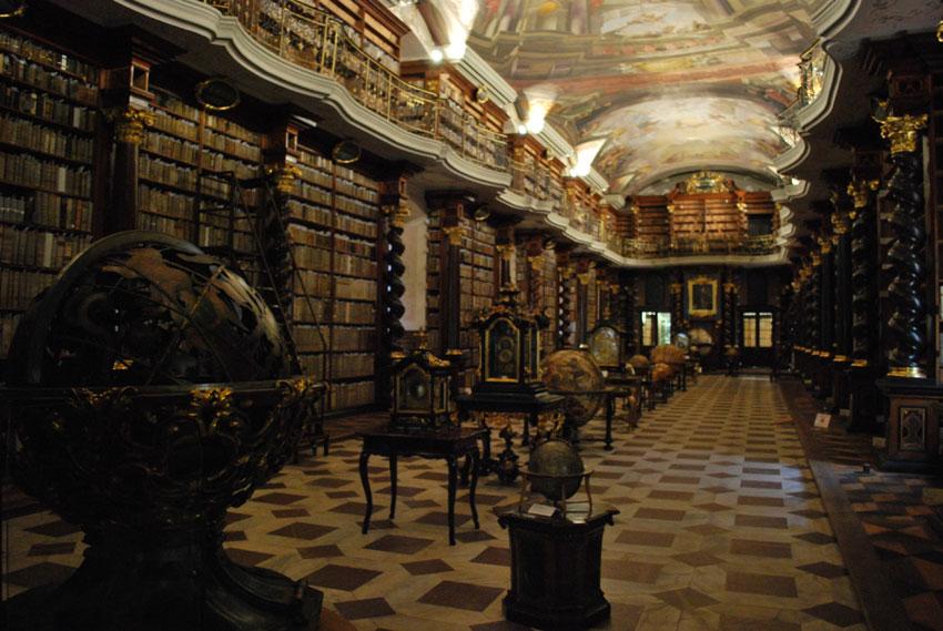 praga-biblioteca-klementinum