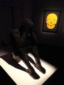 sculture-lego-the-art-of-the-brick-scheletro