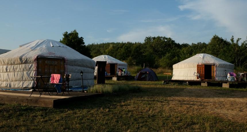dormire in una yurta a borgo val di taro
