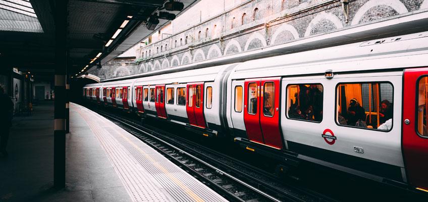 Viaggiare a Londra con una Contactless Card
