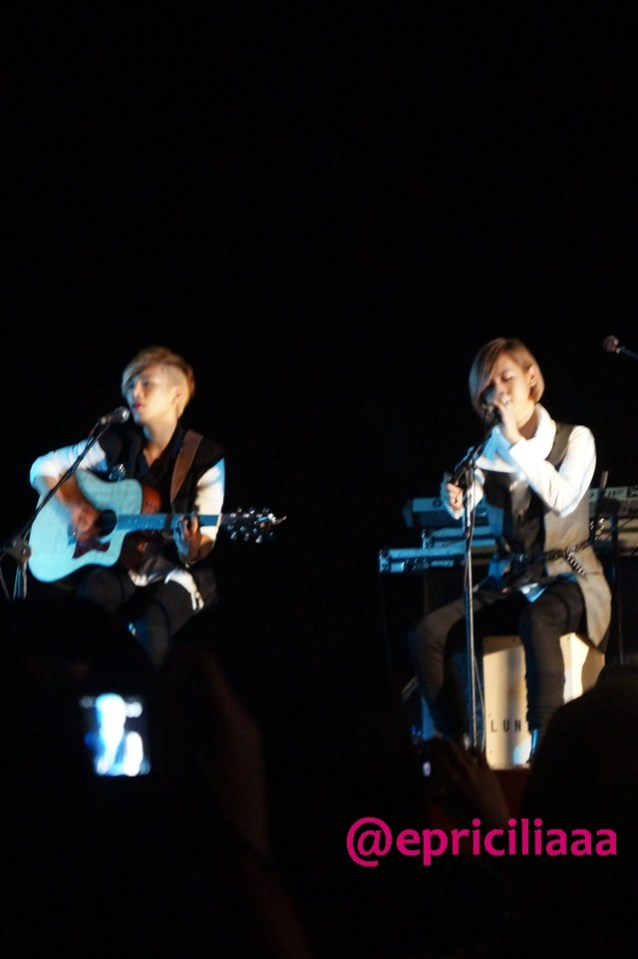 F.Y.I on stage with Lunafly, Jakarta, March 28th 2013 - Yun and Teo.