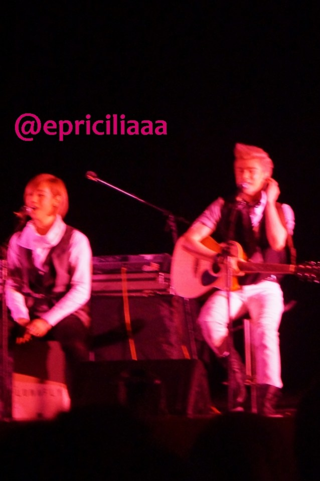 F.Y.I on stage with Lunafly, Jakarta, March 28th 2013 - Yeah!