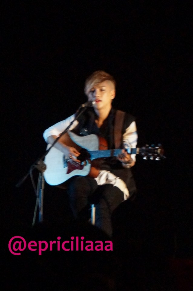 F.Y.I on stage with Lunafly, Jakarta, March 28th 2013 - Yun, I love you, you know.