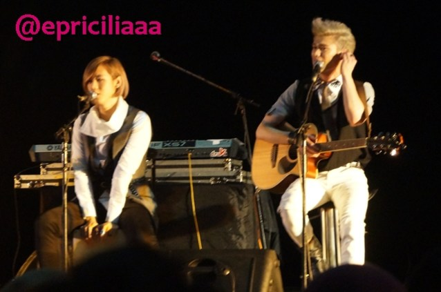 F.Y.I on stage with Lunafly, Jakarta, March 28th 2013 - Introduction.